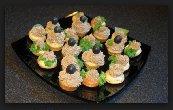 тарталетки с фасолевым паштетом