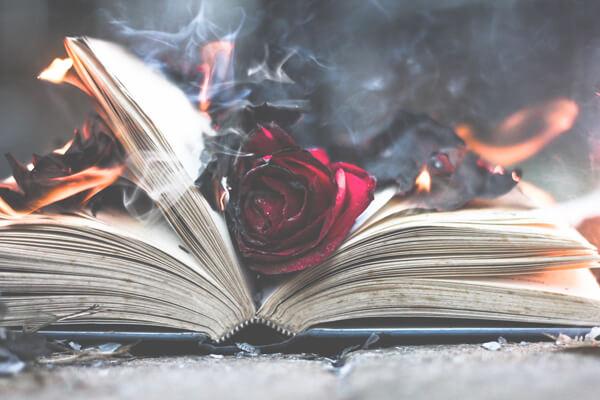 лучшие книги с мистическим сюжетом
