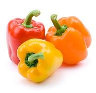 разноцветные болгарские перцы для салат с кешью