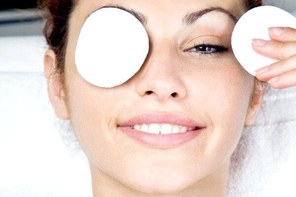 примочки для уставших глаз