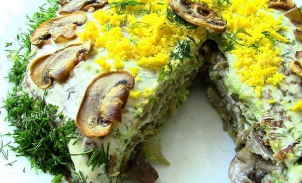 закусочный торт с грибами