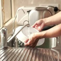 мытье посуды без вреда для рук