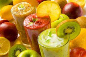 фруктовые и овощные смузи для цвета лица