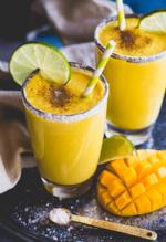 вкусный и полезный коктейль с манго