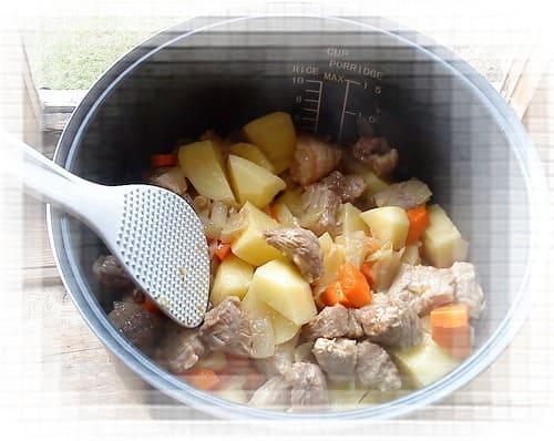 мясо с картошкой в мультиварке