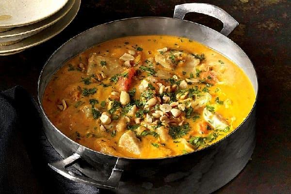 необычный куриный суп с арахисом