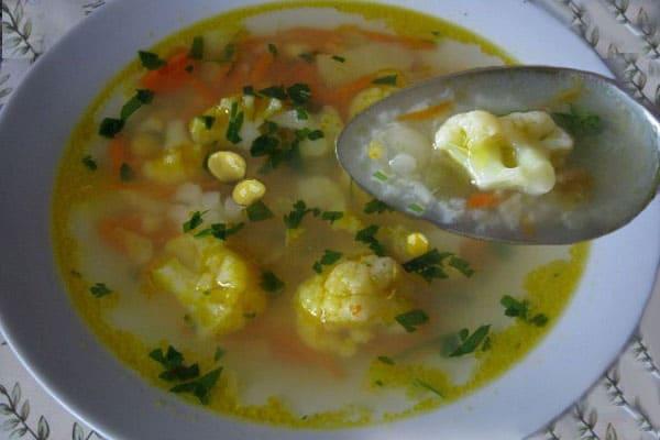 капустный суп с горошком