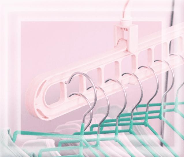 компактная вешалка для одежды