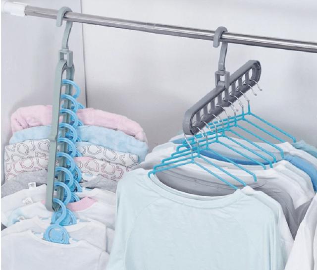 функциональная вешалка для одежды