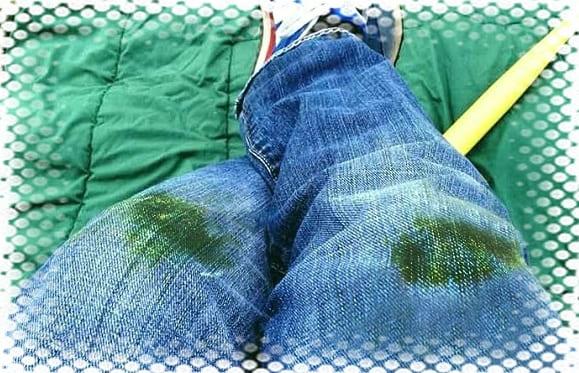 как отстирать зеленку с джинсов