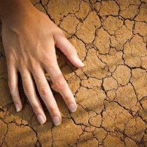 маски от трещин и сухости рук, лечение трещин на руках